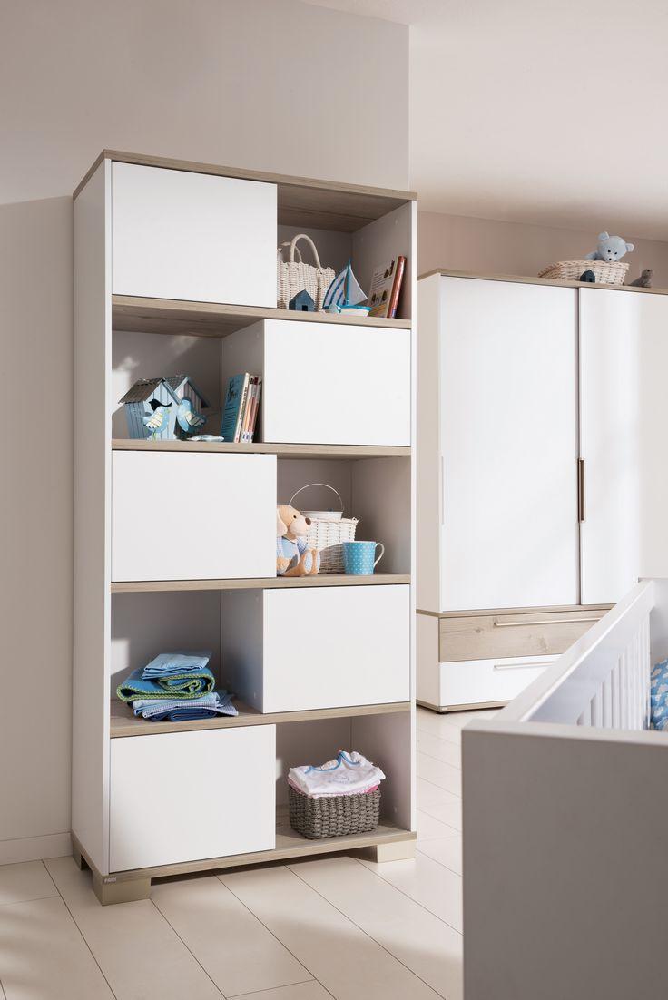 Cool PAIDI CARLO Babyzimmer Ideen in den Farben wei und hellblau mit Schiebent ren nicht nur f r kleine R ume Die Optik trifft mit warmer