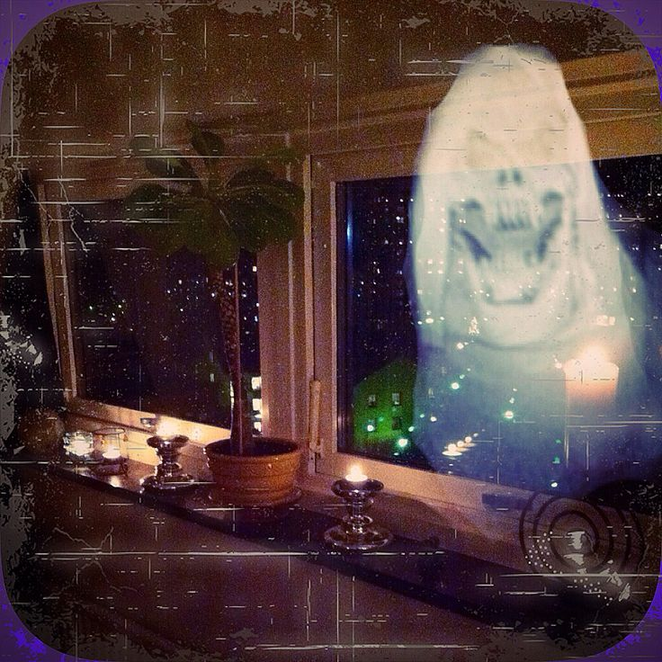 Fredagsmys surprise! Just hanging on a friday night. Friendly ghost?!?