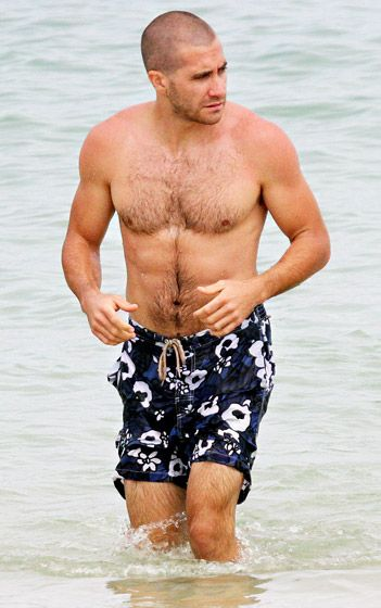 I don't mind chest hair especially from Jake Gyllenhaal- He's got a great shape