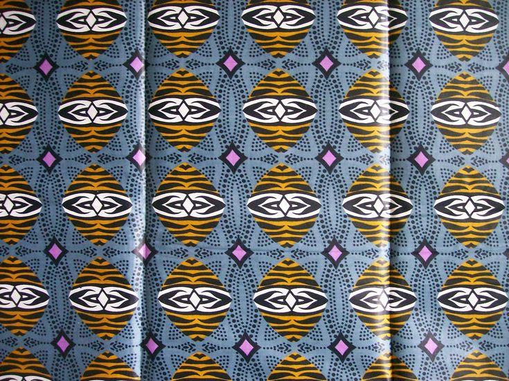 Baumwollstoff Masken (4513) - www.MOUGABI.com - Afroshop Online - Afrikanische Wohnaccessoirs -Afrikanische Deko