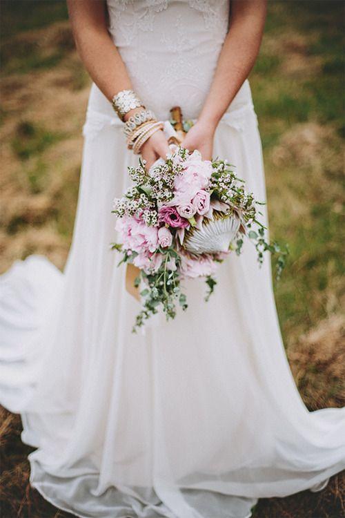 Akár egy mezei csokor....csodás #esküvő