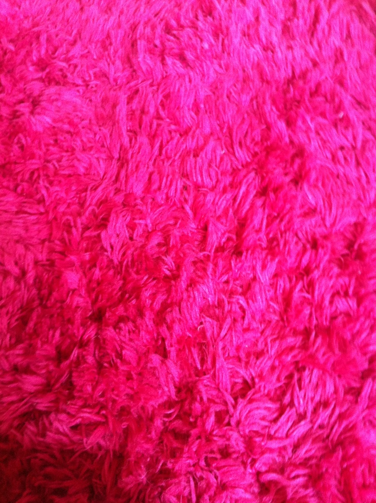 Best 25+ Fuzzy rugs ideas on Pinterest   Fuzzy white rug ...