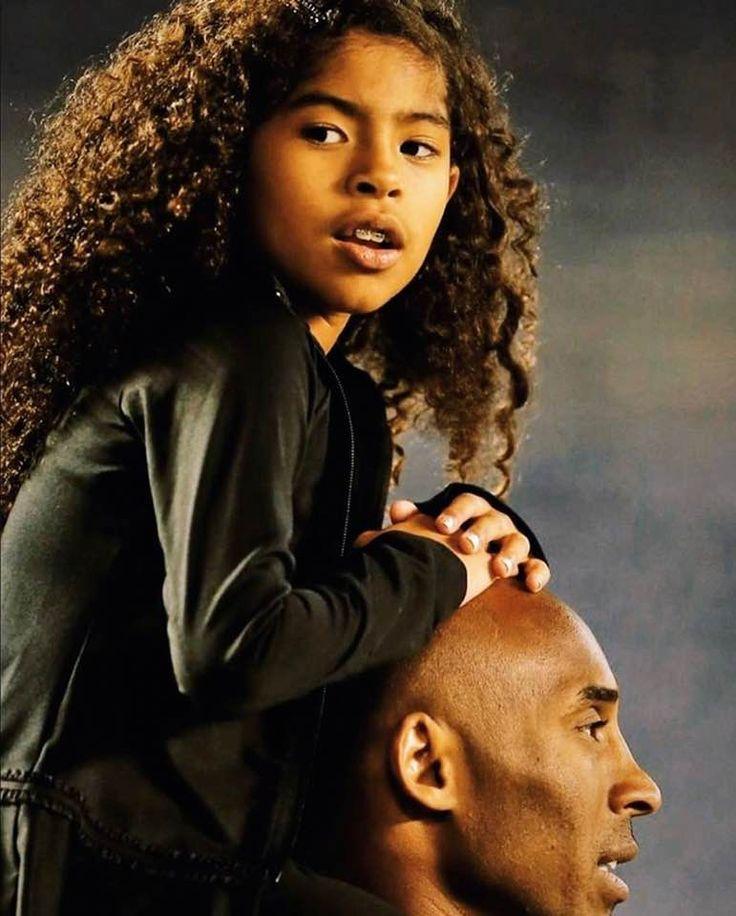 Rip Kobe Bryant legends never die shirt trong 2020 (Có