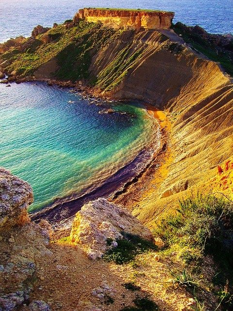 Golden Bay, Malta. Golden Bay is located in the northwestern area of Malta and is a popular tourist spot.