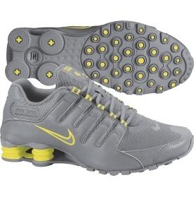 Nike Women's Shox NZ Fashion Sneaker - Dick's Sporting Goods