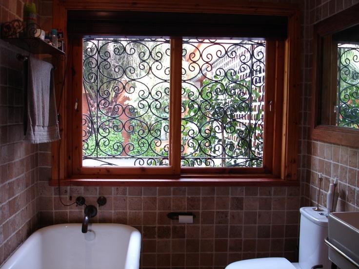 Horizontal sliding window