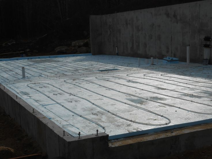 Insulation and piping for the radiant heat in the ground