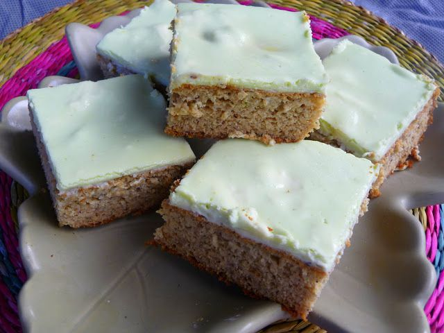 LOW-CARB BANANA ZUCCHINI CAKE FOR ST. PATRICK'S DAY from Splendid Low-Carbing - Just enough banana to make it authentic.