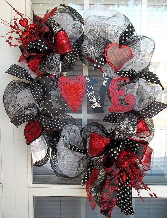 HEARTBREAKER - XL Chic Valentine's Day Deco Mesh Wreath Decoration   Deco me...
