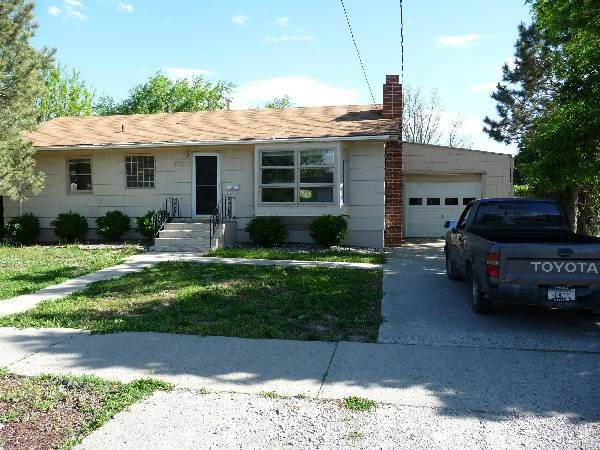 Large 2 Bdrm House With Finished Basement Billings Mt Rentals Large 2 Bedroom 2 Bath House With Finished Basement Renting A House House Apartments For Rent