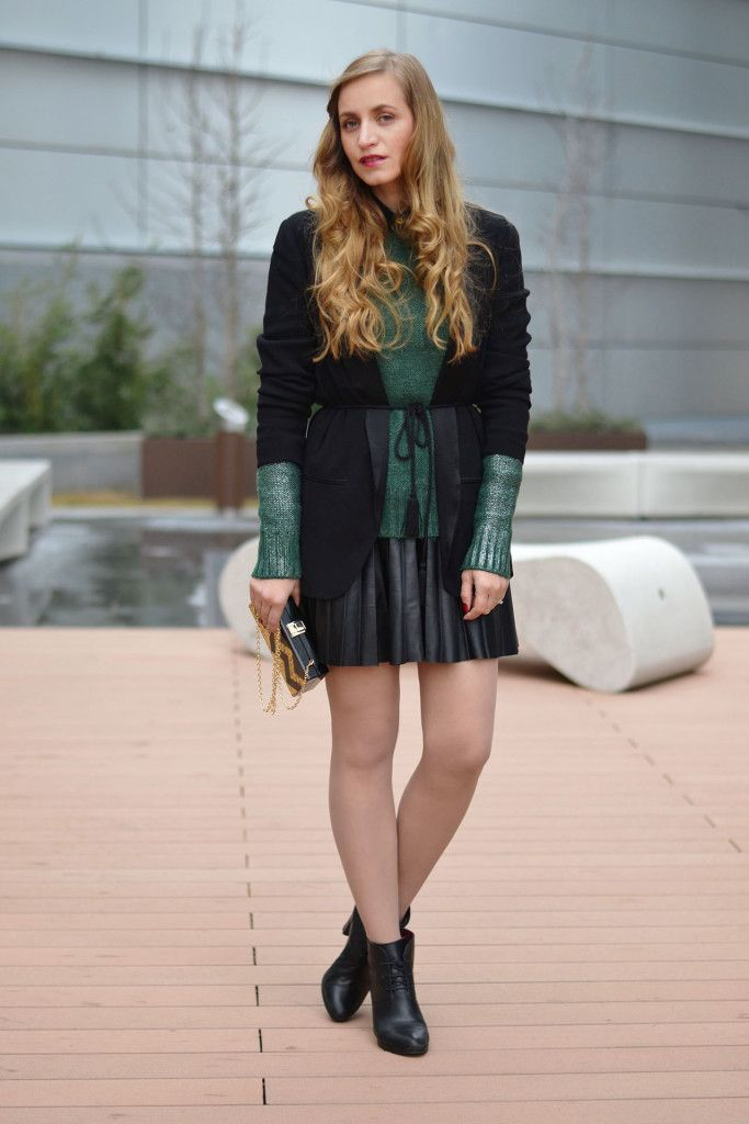 Winter street style cozy sweater and black blazer