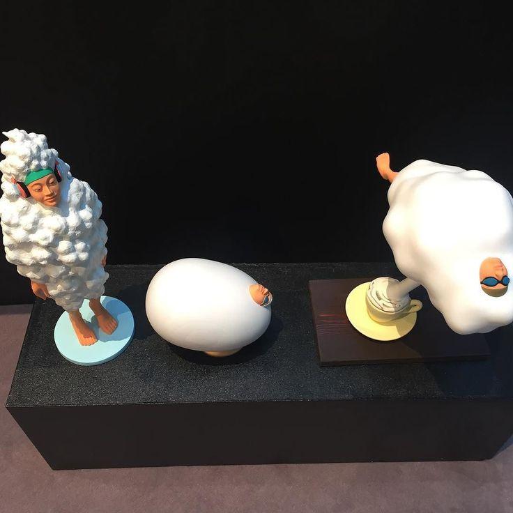#野原邦彦 さんの作品好きなものに包まれるがコンセプトだそうですモコモコしてめっちゃ気持ち良さそうモコモコモコモコ #KunihikoNohara #art #everydayart #galleryug #1日1アート