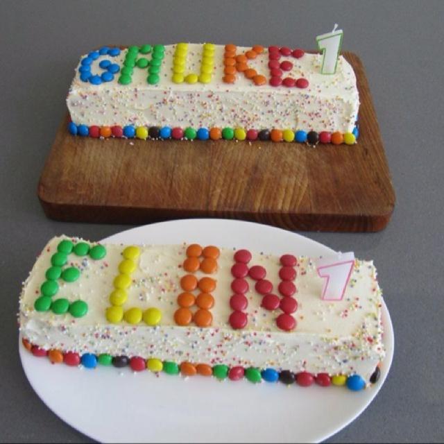 Regenboog cake voor de eerste verjaardag!