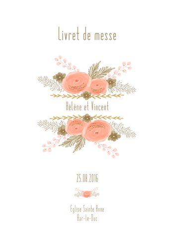 Un livret de messe mariage sur le thème des fleurs dans les tons roses avec du…