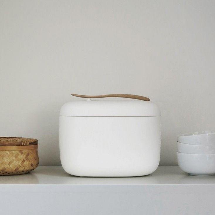 Рисоварка в стиле минимализм