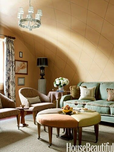 Curved wall to ceiling