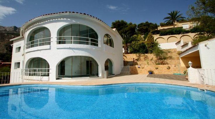 Villa in Altea mit atemberaubenden Meerblick. Weitere Highlights auf dem spanischen Immobilienmarkt finden regelmäßig Sie unter: http://www.ott-kapitalanlagen.de/immobilien-spanien.html