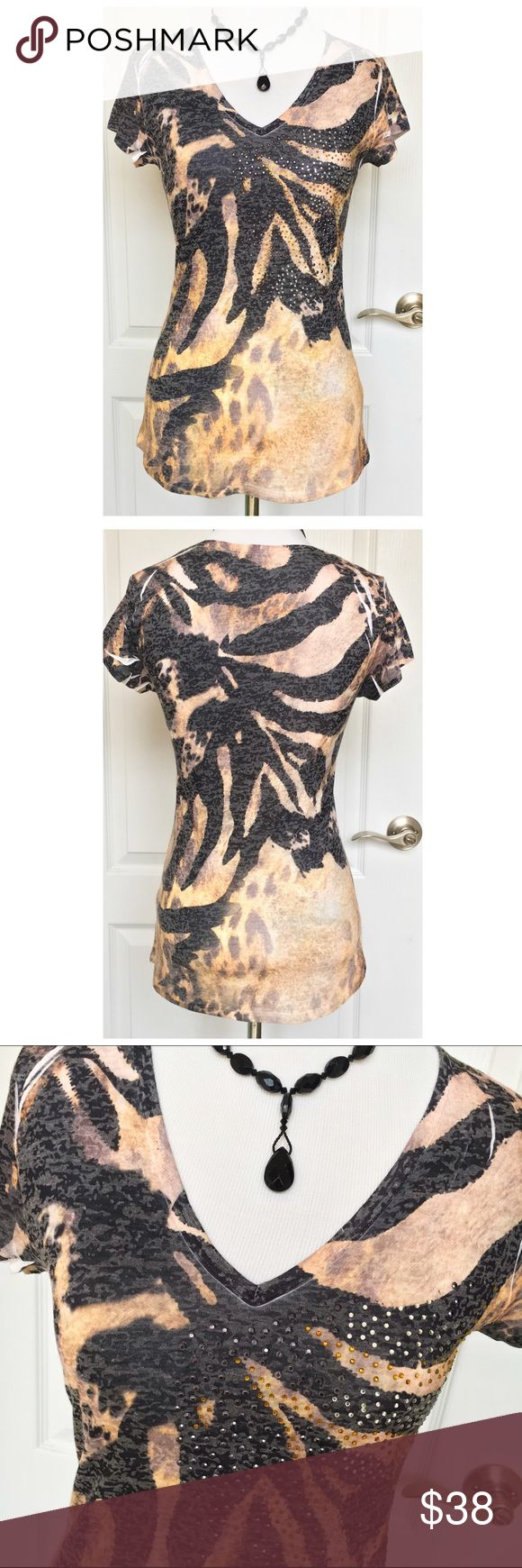 Cache Brown Black Animal Print Tee Shirt Top S In excellent condition! Polyester/cotton blend 50/50. Little decorative studs with different subtle animal prints all over. It's soft and comfortable. Easy to wear daily and has a super flattering fit! Cache Tops Tees - Short Sleeve