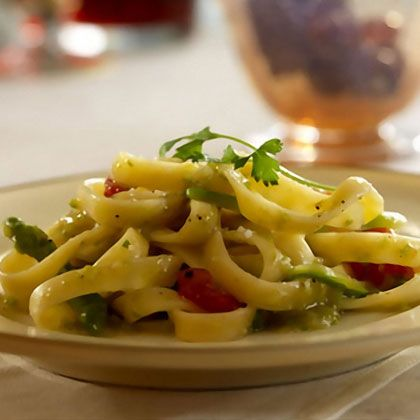 Fettuccine with Asparagus - 12 Pasta Dishes Under 500 Calories - Shape Magazine - Page 3
