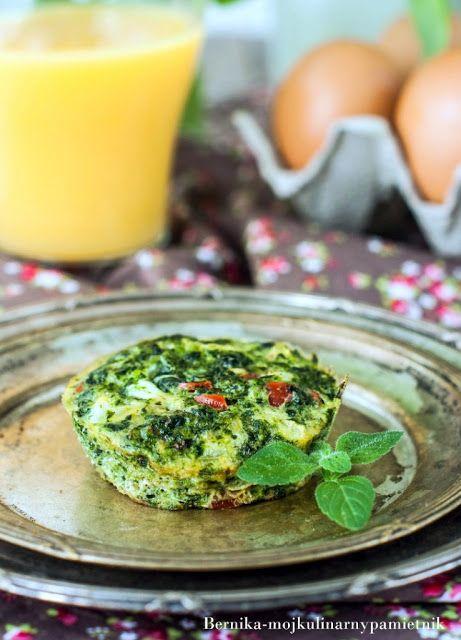 Bernika - mój kulinarny pamiętnik: Muffinki jajeczne ze szpinakiem