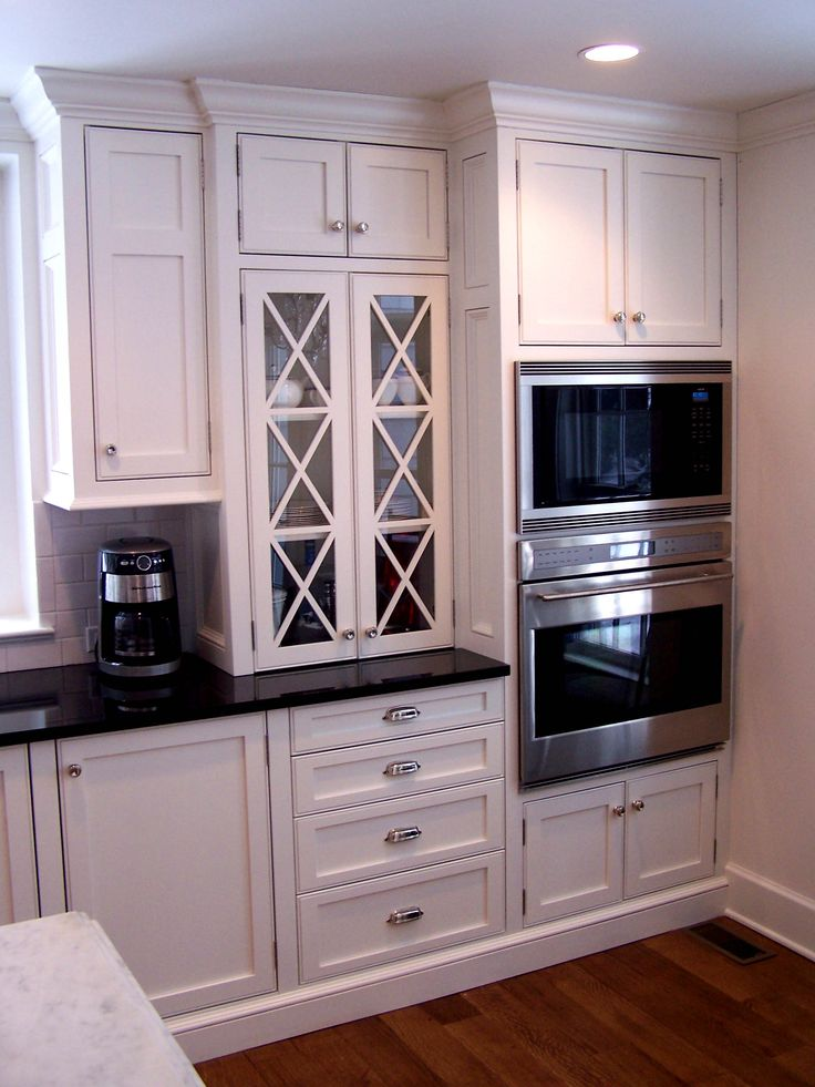 English Country Kitchens | English Country Cottage Cabinets