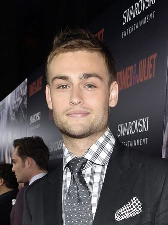 Meet Your New Romeo — We Get Chatty With Douglas Booth #Refinery29