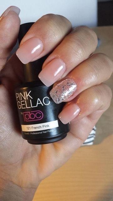 Pink Beauty Club shared Abigail Stevens's photo. Nr. 121 French Pink. En voor het sjieke de ringvinger met 3 soort...