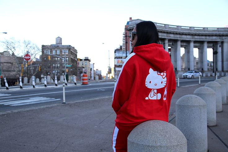 PUMA x Hello Kitty Suede 50th Anniversary Collection - nitrolicious.com
