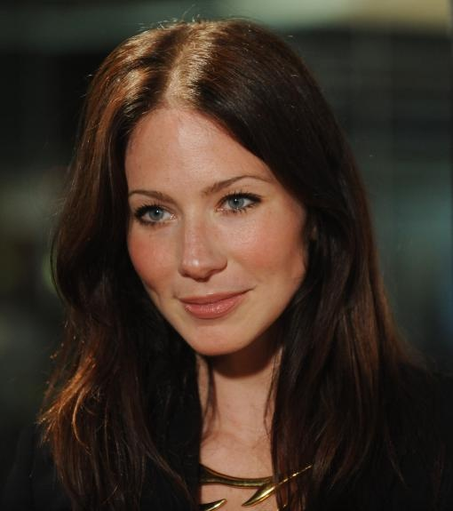 Lynn Collins. Her makeup is flawless.