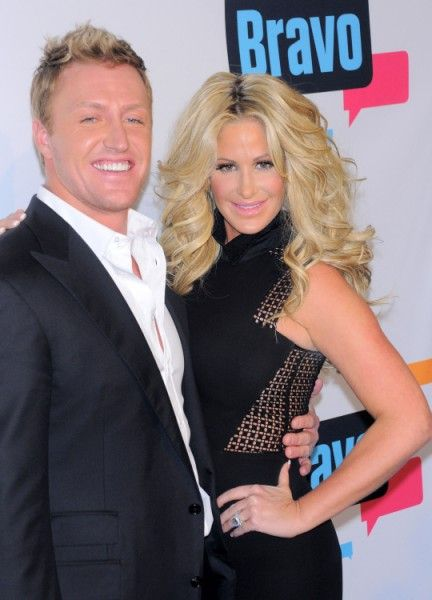 Kim Zolciak Fights Over Kroy Biermann After Attempting Sex On Airplane