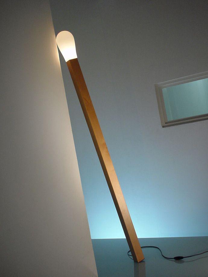 Creative Lighting Design: A Lamp Like a Match Stick / Diseño de iluminación creativa: una lámpara como un fósforo