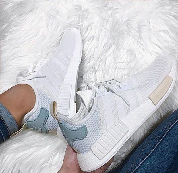Pin on shoe la la ↬