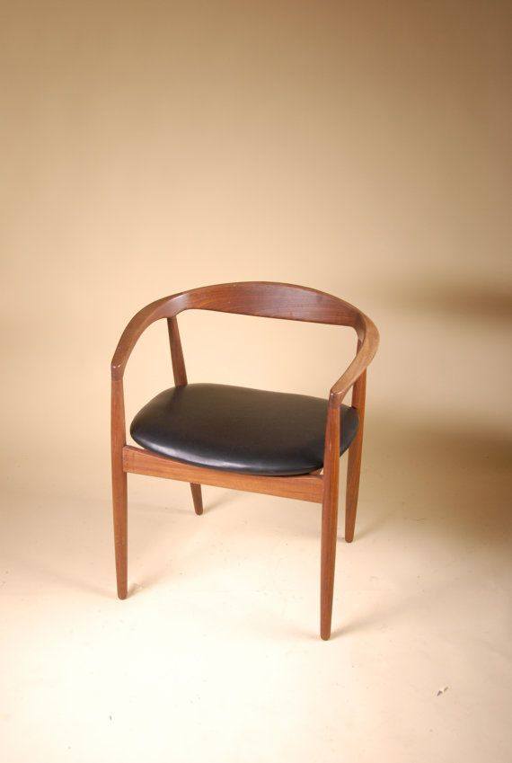 Mid century danish teak dining chair with italian leather for Leather seat dining chairs