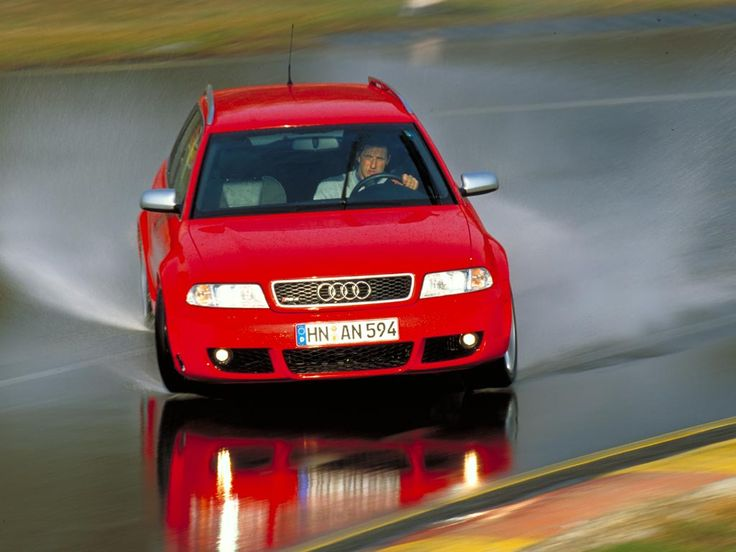 Audi RS4 yorum, Audi RS4 kullanıcı yorumları  https://www.kullananlar.com/audi-rs4.html