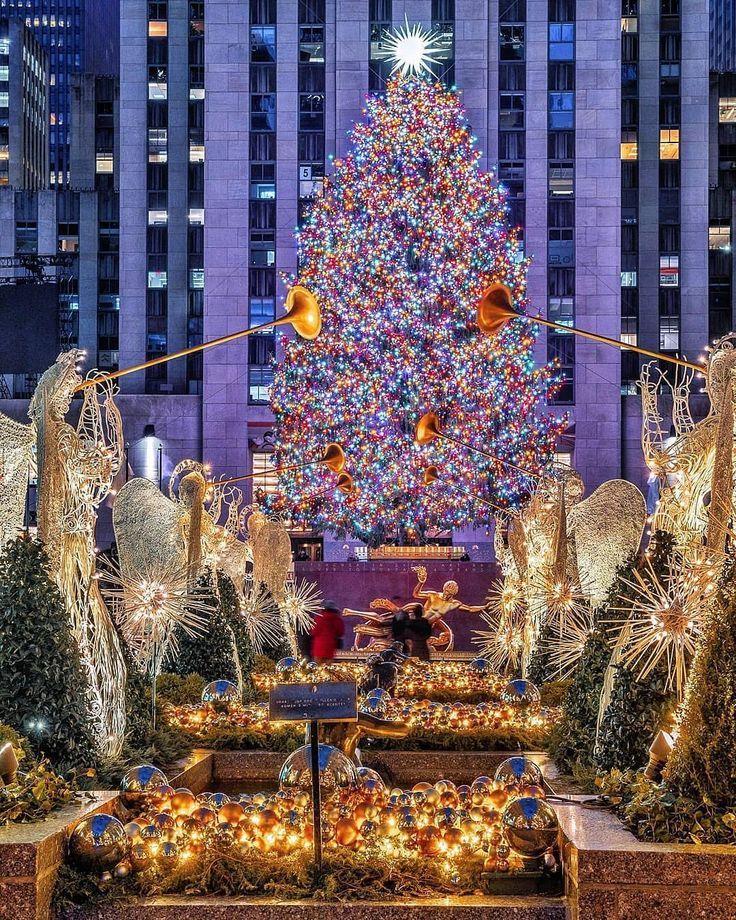 """ABC7NY on Instagram """"It's lit! The Rockefeller Center"""