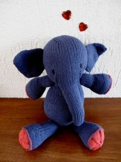 Free Elephant Knitting Pattern : Free elephant knitting patterns.How to knit elephant designs. So many cute kn...