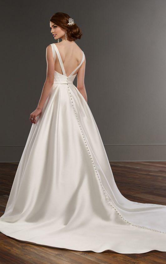 838 A-line wedding dress with hidden pockets by Martina Liana
