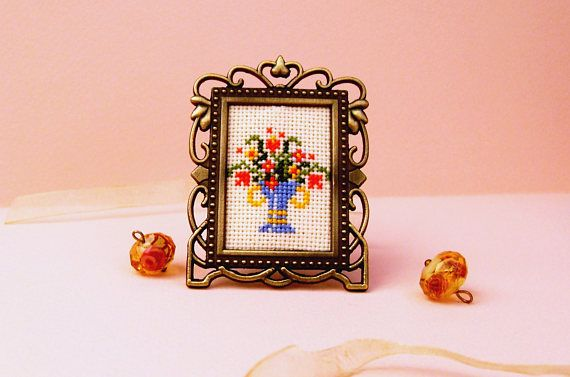 1 6 scale embroidery vintage dollhouse furniture bright