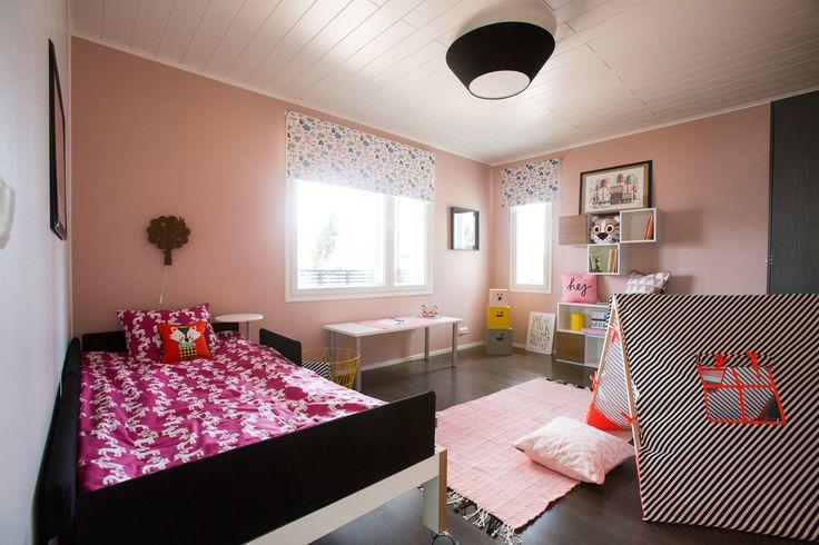 Asuntomessut 2013, Hyvinkää. Dekotalo (Design by Memmu Pitkänen; Keltainen Ovi)