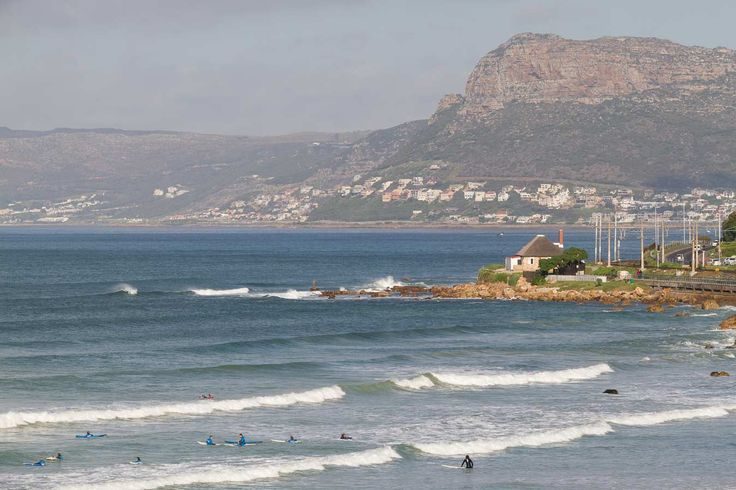 3 bedroom Historical Icon Cottage in Muizenberg http://vacations.capetown/property/baileys-cottage-muizenberg/