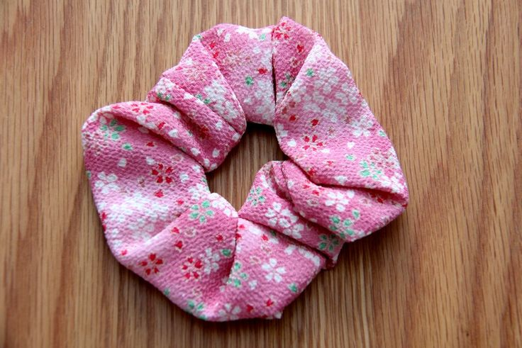 How about a bit of pink! #japanese #hair #accessories http://www.j-accessories.com/store/p41/Scrunchie_-_Pink.html