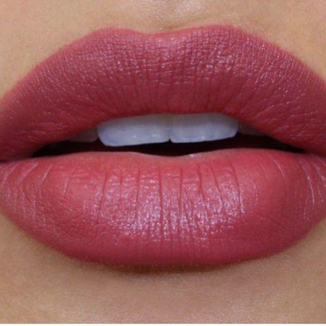 #revlon color matte in #Sultry