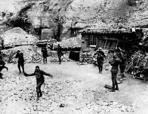 U.S. Marines responding to gas attack near Verdun, France, during World War I. Frank Buckles, the last surviving veteran of World War I, died Feb. 27.
