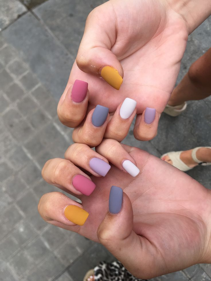 Colour Matte Nails