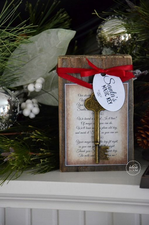 Display this Santa's key in your home this Christmas and Santa's magic will make it work so that he can enter to deliver his gifts. Tutorial and free printable poem.