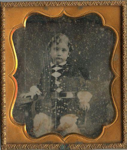 Cute Little Boy Curly Hair Ringlets Fashion Restraining Belt Sixth Plate Dag | eBay