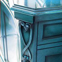 3 maneras de conseguir una mirada Antiqued Cuando Pintura Muebles