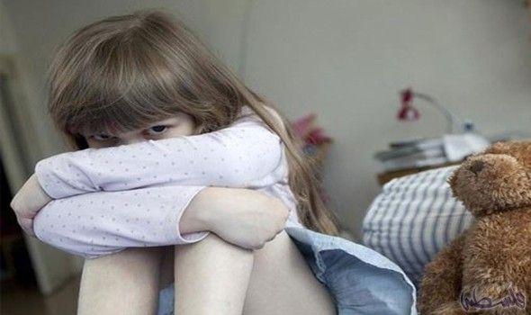 زوجة شابة تقتل طفلتها بمساعدة عشيقها خوف ا من الفضيحة أقل مايوصف عنها بأنها أنثى الشيطان أو امرأة من جهنم رغم صغر سنها إلا أنها ارتكبت Fashion Slippers