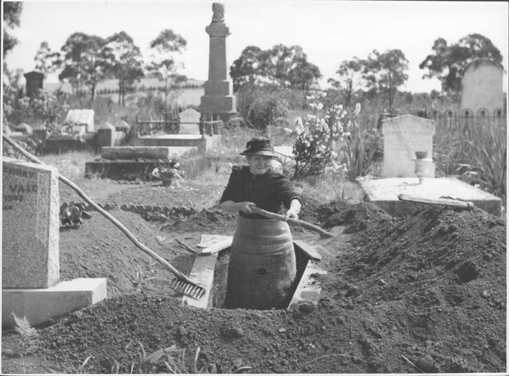"""""""Meet Mrs. Josephine Smith, aged 84, whose hobby is digging graves.""""  Drouin, Australia  1944, photographer Jim Fitzpatrick  @ National Library of Australia Commons"""