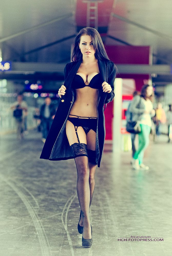 Captivating Attention ~Anabelle~